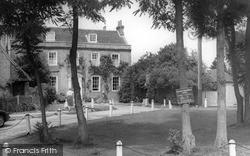 Steyning, Chantry Green c.1960