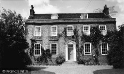 Steyning, The Chantry House c.1960