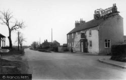 The Cross Keys Inn c.1960, Stillingfleet