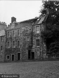 Stirling, Baile Bruce's Lodging, St John Street 1952