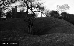 Church And Castle Mound 1954, Stockbury