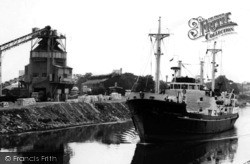 The Ship Canal c.1965, Stockton Heath