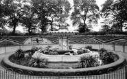 Stockton-on-Tees, Ropner Park c.1965