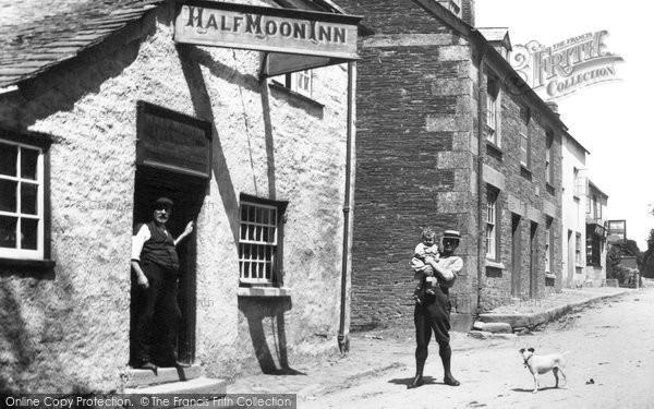 Stoke Climsland, the Half Moon Inn 1908