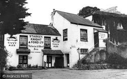 Stoke Gabriel, The Victoria And Albert Inn c.1965