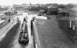 Stoke Hammond, The Three Locks c.1965