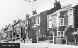 Stokesley, West Green c.1950