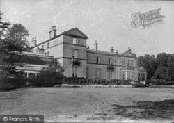 Stone, Darlaston Hall 1900