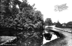 Stone, Meaford Canal 1900