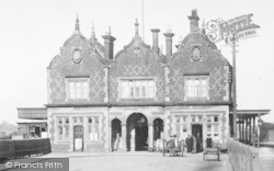 Stone, Station Building 1900