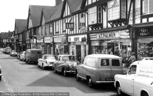 Photo of Stoneleigh, Ewell Court Parade c1960, ref. s669057