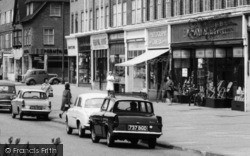 Stoneleigh, Shops On The Broadway c.1960