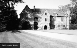 Stoneleigh, Stoneleigh Abbey Gatehouse c.1950