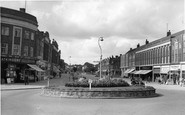 Stoneleigh, the Broadway c1960