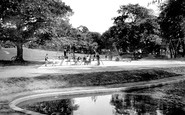 Stourbridge, Mary Stevens Park, Childrens Play Ground 1931