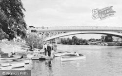 Stourport-on-Severn, Boat Hire By The Bridge c.1965