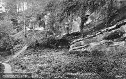 Stourport-on-Severn, Redstone Caves c.1938