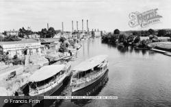 Stourport-on-Severn, River Downstream From The Bridge c.1960