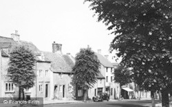 Stow-on-The-Wold, Park Street c.1950