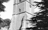 Stow-on-the-Wold, St Edward's Church c1955