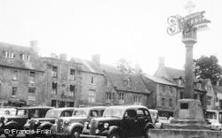 Stow-on-The-Wold, The Cross And The Square c.1950