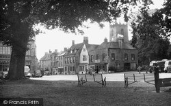 Stow-on-The-Wold, The Square And Stocks c.1955