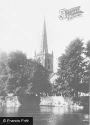 Stratford-Upon-Avon, Holy Trinity Church From The River c.1930