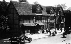 Stratford-Upon-Avon, Shakespeare's Birthplace c.1925