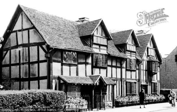 Photo Of Stratford Upon Avon Shakespeares Birthplace C1965
