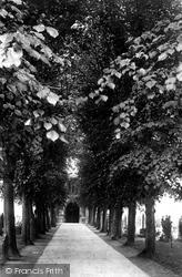Stratford-Upon-Avon, Trinity Church 1892