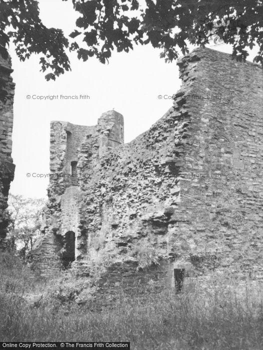Photo of Strathaven, Avondale Castle 1955
