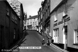 Kings Arms Hotel c.1965, Stratton