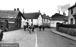 The King's Arms Corner c.1955, Stratton