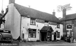 The Bull Hotel c.1955, Streatley