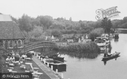 Streatley, The River By The Swan Hotel c.1960