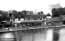 Streatley, The Swan Inn c.1955