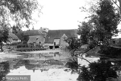 Streatley, The Watermill 1890