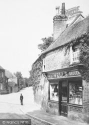 Streatley, Wells Family Grocer 1904