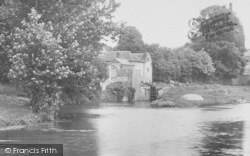 Stroud, Canal And Lock 1910