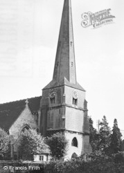 Stroud, Church Of St Laurence c.1955