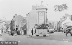 Stroud, Sim's Clock c.1955