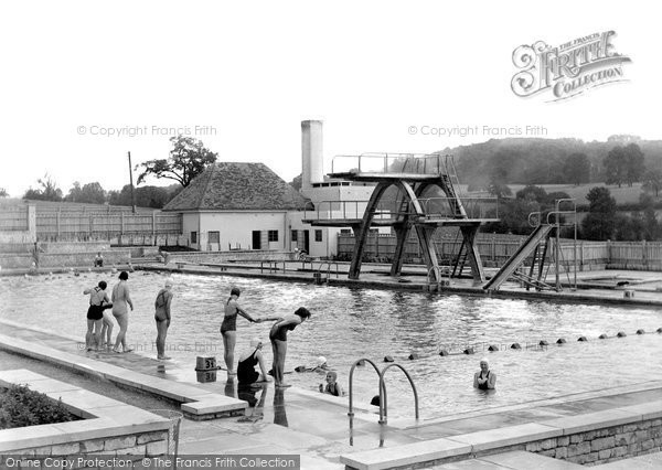 photo of stroud stratford park swimming pool 1938