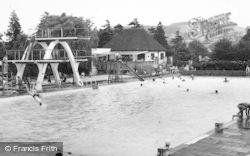 Stroud, Stratford Park, Swimming Pool c.1965