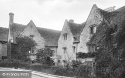 Stroud, The Vicarage 1925