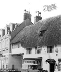 Sturminster Newton, The White Hart Inn c.1960