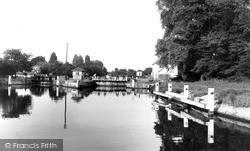 Sunbury, The Lock Entrance c.1960