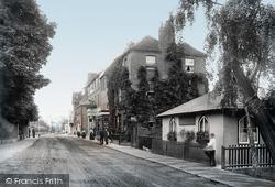 Sunbury, The Magpie Hotel 1890