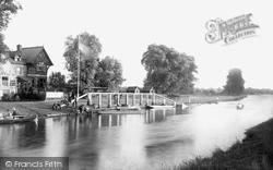 Sunbury, The River Thames 1890