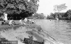 Sunbury, The River Thames c.1955
