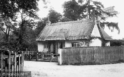 Sunninghill, Park Lodge 1901